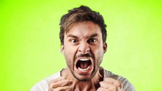 Почему муж злится