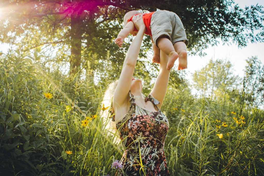 женщина и дитя