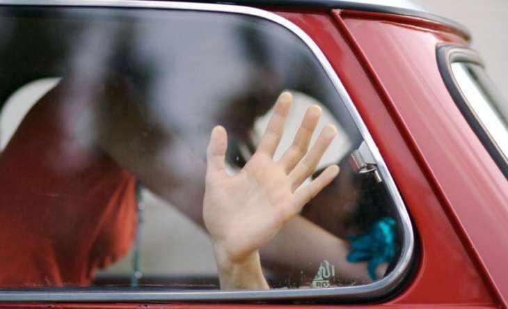 Секс в машине: обзор удобных поз для максимального комфорта