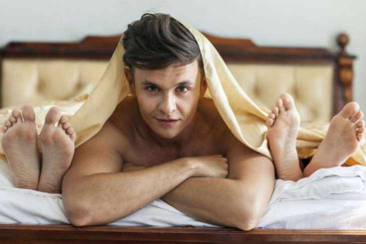 Не училка и не стюардесса: с кем на самом деле хотят переспать 92% мужчин