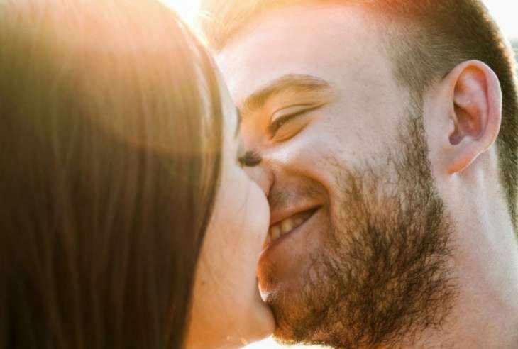 5 вещей, которых влюбленные мужчины стыдятся, но сильно хотят