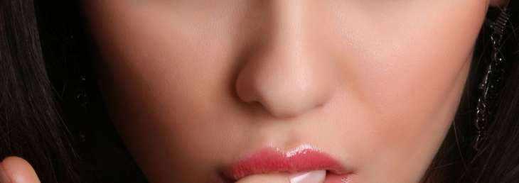 Как понять, что женщина хочет секса? Сигналы для мужчины в поведении девушки.