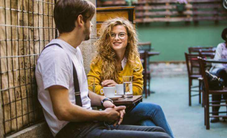 Подкаты к девушкам: фразы, которые помогут познакомиться и найти любовь