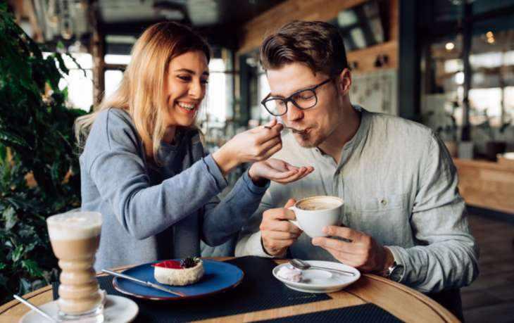 5 качеств женщины, в которую влюбляются с первых минут