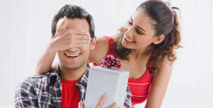 Выбрать оригинальный подарок для мужа