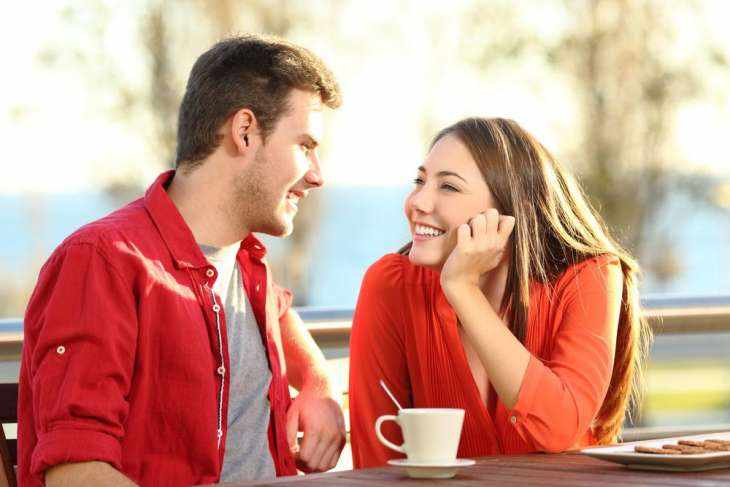 7 факторов, которые влияют на возникновение влечения между людьми