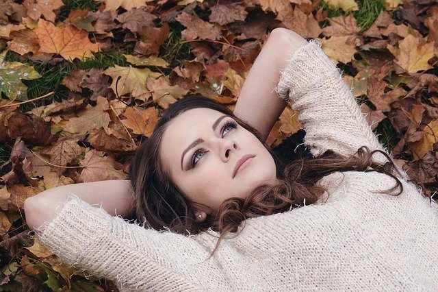Осеннее счастье,или немного листьев в холодной воде