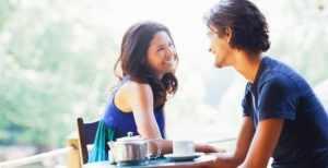 Обедать с девушкой