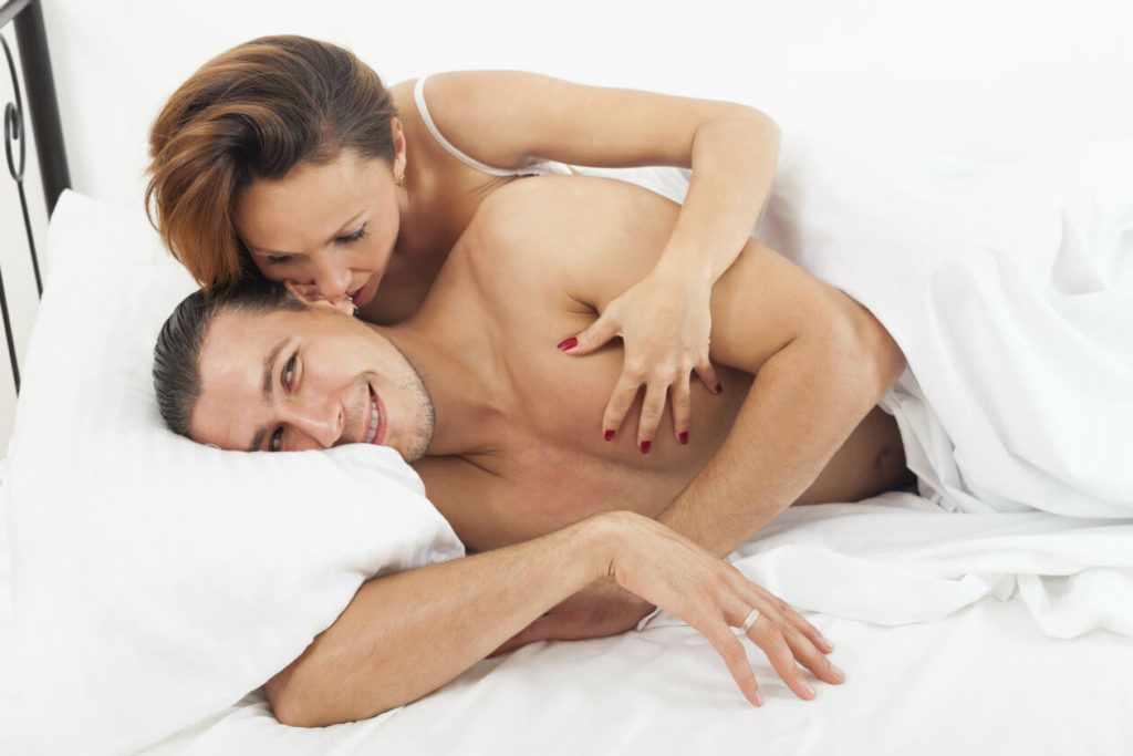 Говорить мужчине комплименты в постели