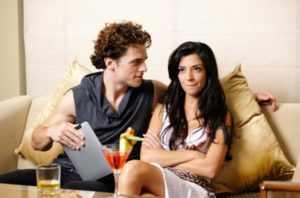 Попытаться сохранить отношения