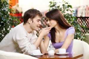 Как правильно и красиво ухаживать за девушкой