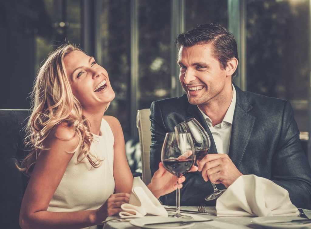 Советы о чем можно поговорить с девушкой при первой встречи
